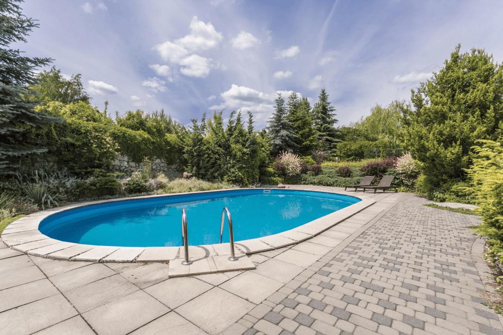 Wie der Swimming-Pool urlaubssicher wird